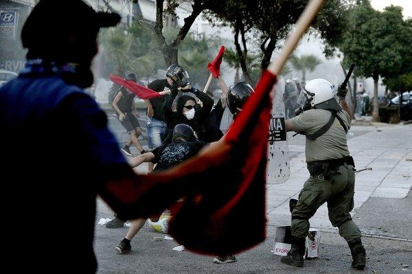 http://www.altrenotizie.org/images/stories/2013-4/grecia.jpg
