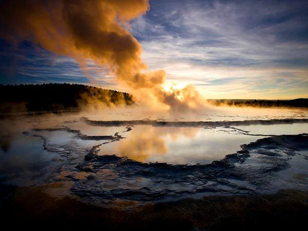 Yellowstone, sopra il vulcano